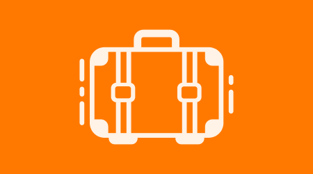 """""""Ryanair"""" ir """"Wizz Air"""" gavo milijonines baudas dėl rankinio bagažo mokesčių"""